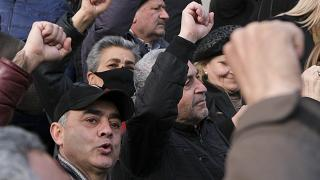 Opposition demonstrators rally to pressure Armenian Prime Minister Nikol Pashinyan to resign in the center of Yerevan, Armenia. Feb. 25, 2021.