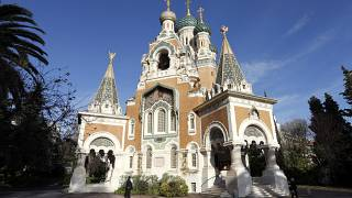 صورة للكنيسة الأرثوذكسية الروسية كاتدرائية القديس نيكولاس، في مدينة نيس، جنوب شرق فرنسا.
