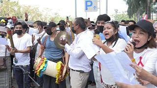 """Протесты на мотив """"мьянманских народных"""""""