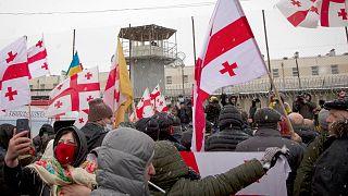 تظاهرات مخالفان در مقابل پارلمان گرجستان