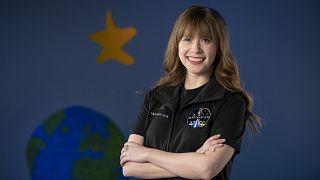 Çocuk yaşta yakalandığı kemik kanserinden kurtulmayı başaran Hayley Arceneaux, şimdilerde uzaya gidecek olmanın heyecanını yaşıyor