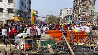 مقاومت معترضان میانمار با وجود بازداشتهای گسترده