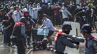Διαδηλώσεις στη Μιανμάρ