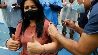 حملة التلقيح ضد فيروس كورونا المستجد في المملكة المتحدة