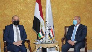 وزير النقل المصري الفريق مهندس كامل الوزير وسفير الأردن بالقاهرة أمجد العضايلة