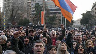 Ermenistan'ın başkenti Erivan'da hükümet karşıtı protestolar