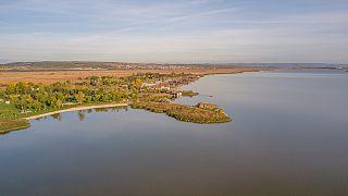 A Fertő-tó Magyarország egyik legnagyobb madárrezervátuma