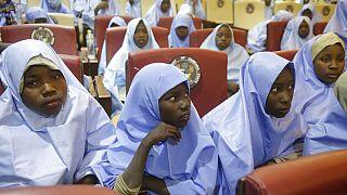 Enlevées vendredi dernier dans leur pensionnat de Jangebe, dans le nord-ouest du Nigeria, ces écolières sont désormais libres, 2 mars 2021
