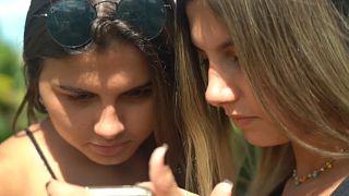 Brasil | Gemelas y transexuales, dos hermanas se operan al unísono