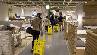 Die Ikea-Filiale in Genf am gestrigen Tag der Lockdown-Öffnung.