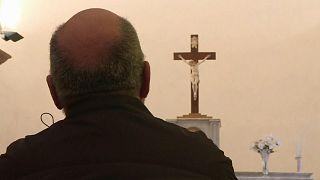 Pédocriminalité dans l'Eglise : il y aurait au moins 10 000 victimes en France depuis 1950