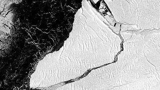 El colosal iceberg se ha desprendido la semana pasada. El radar del satélite Sentinel 1 lo captaron así el 28 de febrero