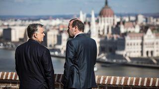 Manfred Weber budapesti látogatásán Orbán Viktorral a Fidesz néppárti tagságának felfüggesztése előtt egy héttel