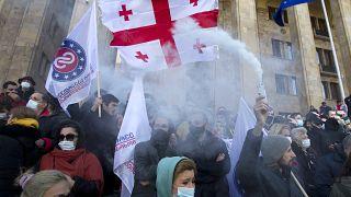 Сторонники грузинской оппозиции на митинге в Тбилиси 21 февраля 2021 г.