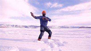 رقص على الثلج