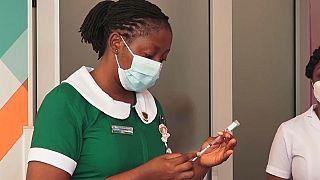 Covid-19 : le Ghana démarre sa campagne massive de vaccination