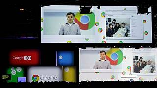 کن لیو، مدیر ارشد گوگل در حال توضیح ویژگیهای جدید کروم