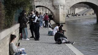 Corona in Europa am 4.3.: Paris atmet auf - Sorge in Italien