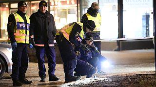 Un ataque con arma blanca, investigado como acto terrorista, deja ocho heridos en Suecia