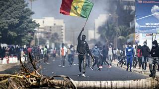 Senegal: Opposition leader Sonko in police custody as clashes erupt