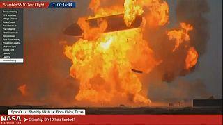 A landolást követő robbanás ismét az égbe emelte a rakétarendszert