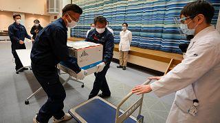 Pfizer aşıları Japonya'ya teslim edildi
