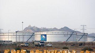 Suudi Arabistan'ın Cidde kentinde, Aramco'ya ait petrol tesisi