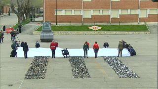تدمير أكثر من 1400 قطعة سلاح تعود إلى الجماعات المسلحة في اسبانيا