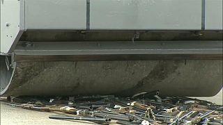 اسپانیا؛ صدها اسلحۀ مصادره شده از گروههای اتا و گراپو منهدم شدند