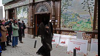 """شاهد: عرض أخير للفلامنكو في الهواء الطلق بمدريد قبل إغلاق """"فيلا روزا"""" نهائيا"""