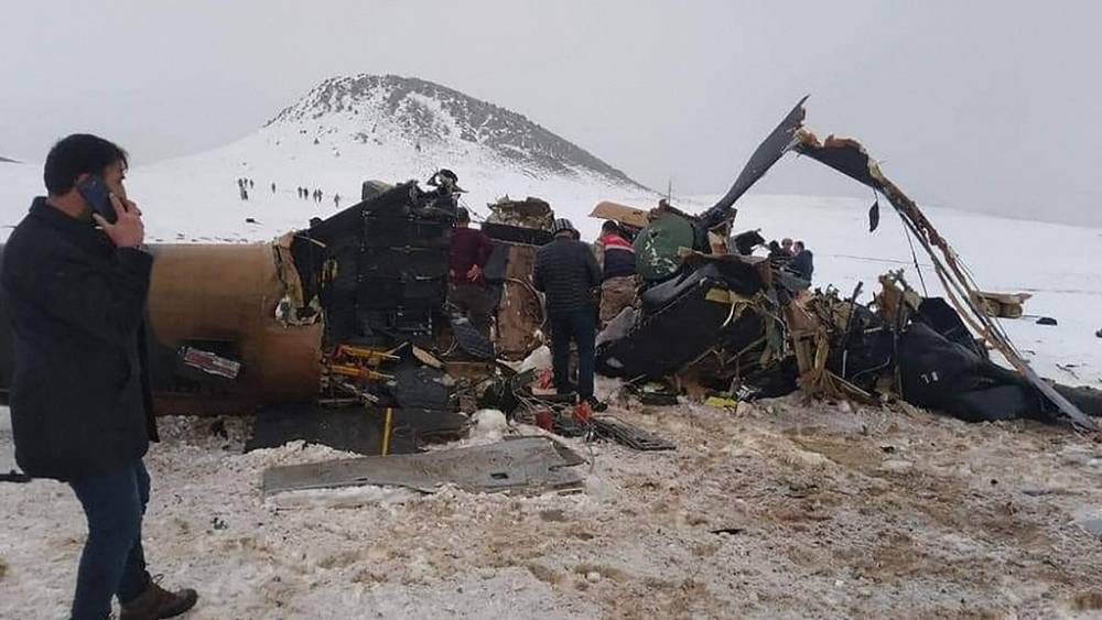 Ten soldiers killed after military helicopter crashes in Turkey