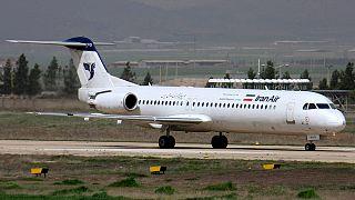 طائرة تابعة للخطوط الإيرانية من طراز فوكر 100