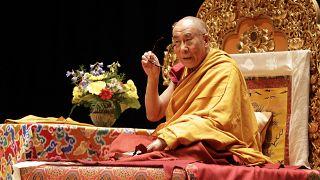 دالایی لاما اولین دوز واکسن کرونا را دریافت کرد