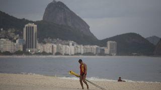 Βραζιλία - Covid: Ρεκόρ θανάτων και νέα μέτρα