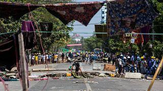 Repressione in Myanmar. Ma i manifestanti non si fermano