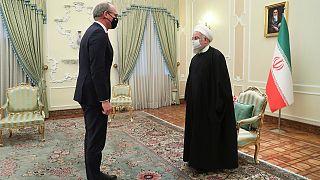 الرئيس الإيراني حسن روحاني يستقبل وزير الخارجية الإيرلندي سايمون كوفيني في طهران. 2021/03/07