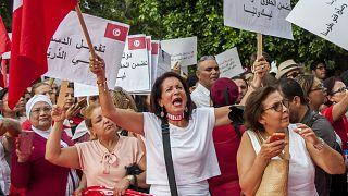 ناء يتظاهرن في تونس من أجل التساوي في الحقوق. 2018/08/13