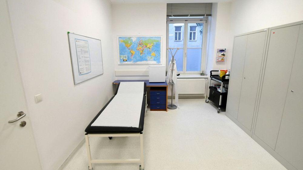 Neues zu AstraZeneca: Run auf Impf-Termine für 60+ in NRW