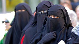 women wearing Niqab