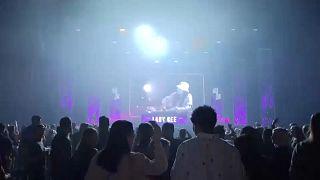 Un concert test à Amsterdam, le 06 mars.