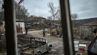 Dağlık Karabağ'da savaşın böldüğü bir köy
