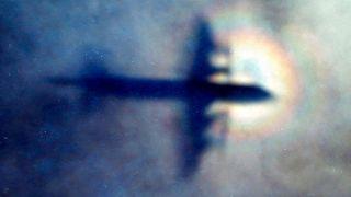 یکی از هواپیماهایی که در حال جستجوی هواپیمای مفقودشده مالزی بود