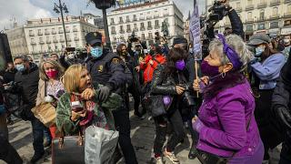 حظر التظاهرات بمناسبة يوم المرأة في مدريد وتنظيمها في مدن إسبانية اخرى