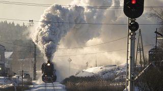 Rusia | Ruskeala Express, el tren de vapor que recorre los bosques de Carelia