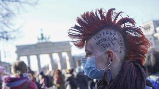 Weltfrauentag am 08. März 2021 in Berlin am Brandenburger Tor