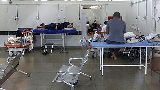 Local improvisado para acolher mais doentes Covid no hospital HRAN