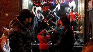 واجهة متجر في باريس، الأربعاء 15 ديسمبر 2010