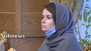 صورة للأستاذة الجامعية الأسترالية كايلي مور غيلبرت من مقطع بثه التلفزيون الإيراني الرسمي في الخامس والعشرين من شهر تشرين الثاني/نوفمبر 2020