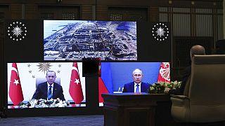 """Centrale d'Akkuyu : Poutine et Erdogan affichent leur """"amitié"""""""