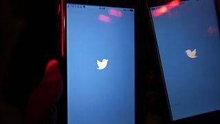Orosz internetes jogvédők szerint a lassítás egyfajta megfélemlítő üzenet a social media platformoknak.